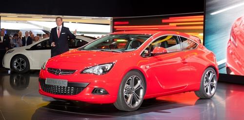 Opel представил мировые премьеры во Франкфурте