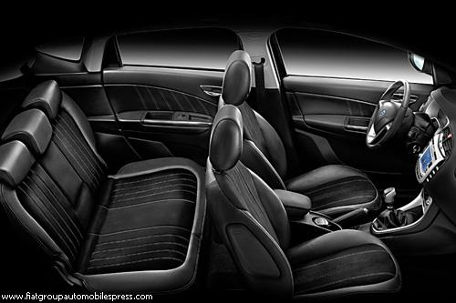 """Автосалон в Женеве: премьеры """"Lancia"""""""
