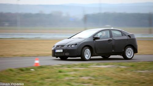 Honda тестирует новый хетчбек Civic в Европе