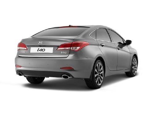 """""""Hyundai"""" представил в Барселоне новый седан i40"""
