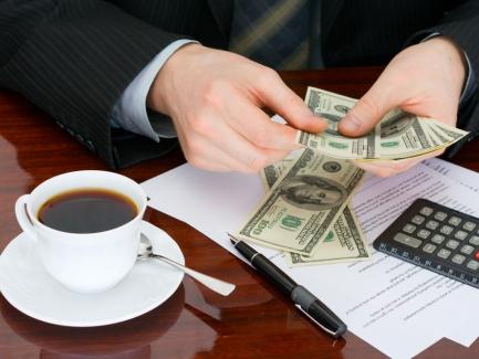 Переплаты по прибыльным авансам учтены в оплату текущих обязательств по налогу на прибыль