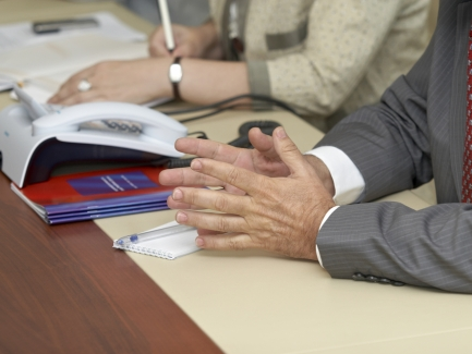 Неприбыльщики должны до 1 июля привести в соответствие свои учредительные документы с требованиями НКУ