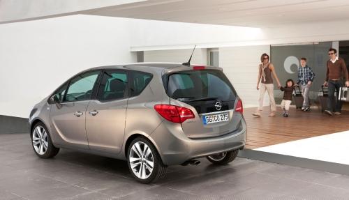 """Opel"" представит две новые модели на Столичном Автошоу 2010"