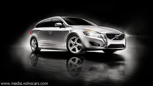 """""""Volvo"""" представит в Женеве гибридный """"V60"""""""