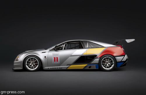 """""""Cadillac"""" показал первые фотографии гоночного """"CTS-V Coupe"""""""