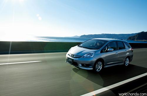 Стартовали продажи универсала Honda Fit Shuttle
