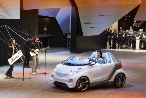 """Женевский автосалон-2011: премьеры """"Mercedes-Benz"""""""