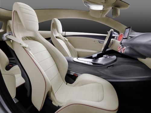 """""""Mercedes"""" продемонстрировал концепт нового А-Class"""