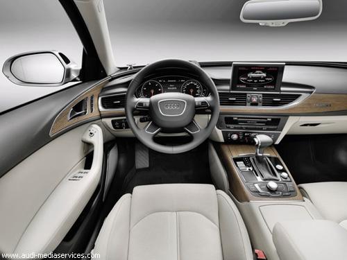 """Audi"" представила новую A6"