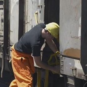 Передача ГСМ заказчиком исполнителю услуг является операцией по реализации горючего