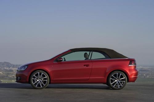 """Женевский автосалон-2011: """"Volkswagen New Golf Cabriolet"""""""