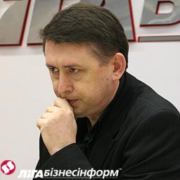 Екс-майор вважає, що Путін тисне на Януковича