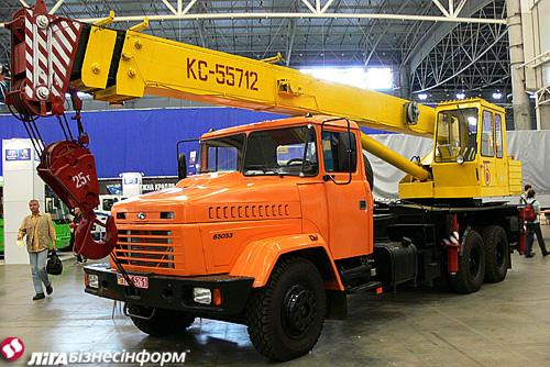 АвтоКрАЗ привез на TIR-2011 две премьеры (фото)