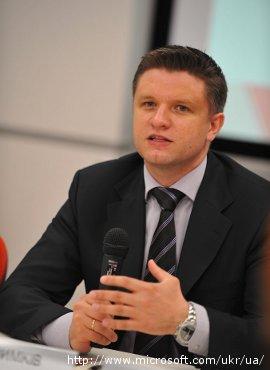 Глава Майкрософт Украина: Никто не будет вламываться в квартиры