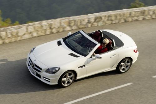 Mercedes-Benz презентовал дизельный родстер