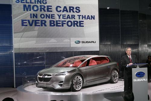 """Subaru"" представил новый кроссовер на базе ""Impreza"" (фото)"