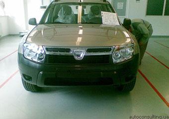 """""""Dacia"""" готовится к выводу на рынок кроссовера """"Duster"""" за 11 тыс. евро"""