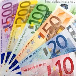 Фальшивых евро становится больше