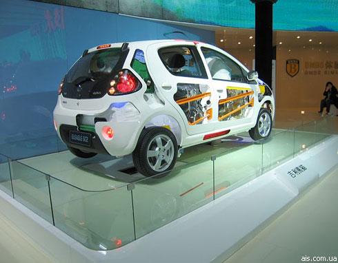 """Автосалон в Пекине: премьеры """"Geely"""""""