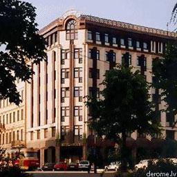 Продают известнейшую гостиницу Риги
