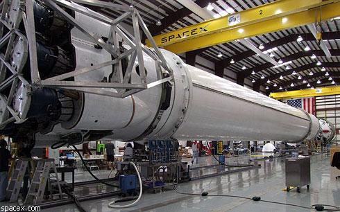 Первую частную ракету-носитель запустят в апреле