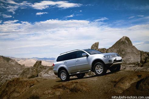 """Mitsubishi"" огласил украинские цены на новый ""Pajero Sport"""