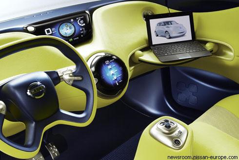 """""""Nissan"""" представил в Париже абсолютно новый электромобиль"""