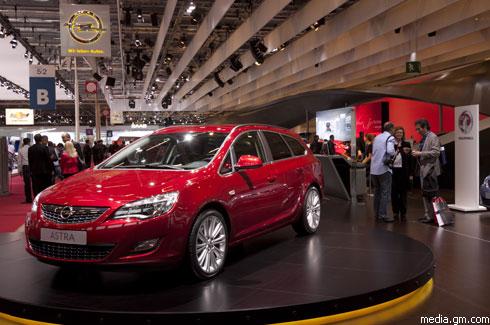 """Opel "" Astra Sports Tourer: новые подробности."