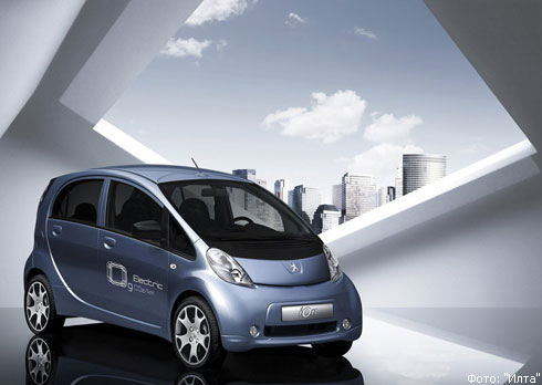 """Автошоу в Женеве: экспозиция """"Peugeot"""""""