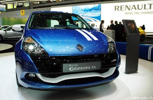 """Премьеры """"Renault"""" на Женевском автосалоне (фото)"""