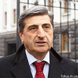 Васадзе призывает помочь украинскому автопрому