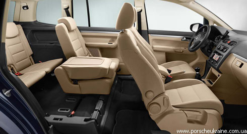 """Новый """"Volkswagen"""" Touran появится в Украине в сентябре"""