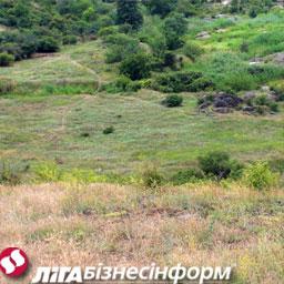 В регионах Украины снижаются цены на землю