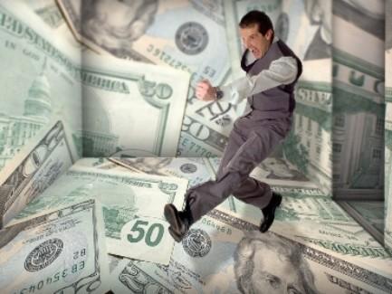 Скандал сзарплатами вМинюсте: Кабмин ограничил премии госисполнителей