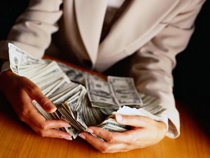 Нацбанк упростил покупку валюты под оборонные программы