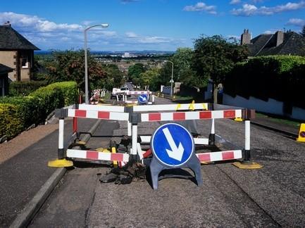 Рада сообщила здешним властям ответственность засостояние дорог местного значения